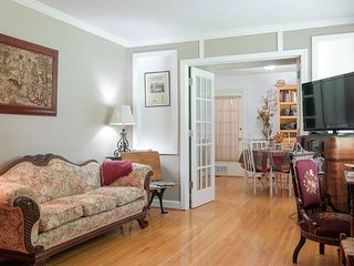 Antique 4 Bdr Filled Southern Charm In East Nashville - Nashville vacation rentals