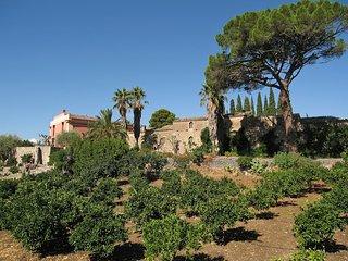 Lovely 7 bedroom House in Scillato - Scillato vacation rentals