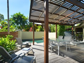 Cassowary Villa No.1 - 3 Bedroom Near Beach and Town - Port Douglas vacation rentals