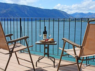 Lakeside home with private dock & views of Lake Chelan! - Chelan vacation rentals