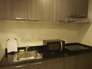 Fully Furnished Studio Unit 2 at The Currency Ortigas - Pasig vacation rentals