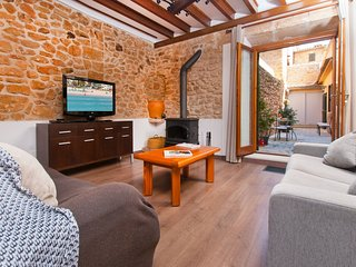 Perfect House with Internet Access and Washing Machine - Alcudia vacation rentals