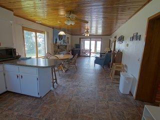 Nice 3 bedroom House in Moran with Deck - Moran vacation rentals