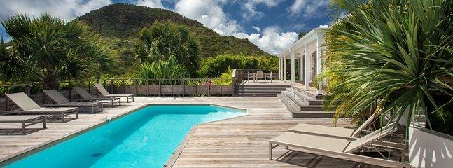 Villa Vina 2 Bedroom SPECIAL OFFER - Vitet vacation rentals