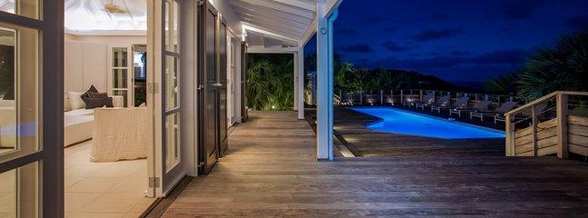 Villa Vina 3 Bedroom SPECIAL OFFER - Vitet vacation rentals