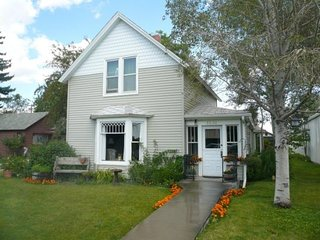 Charming 3 bedroom House in Cody with A/C - Cody vacation rentals