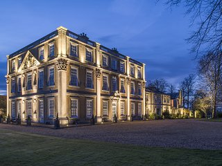 Hinwick House is a grand Grade I listed country house set in 38 acres parklands - Wellingborough vacation rentals