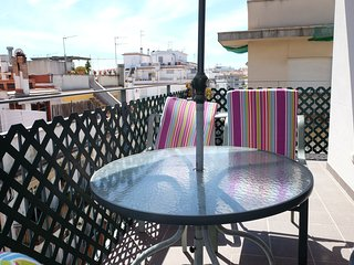 Sunny 2 bedroom Condo in Sitges with Internet Access - Sitges vacation rentals