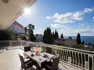 Apartments Villa Enzian-Comfort Two Bedroom Apartment with Balcony and Sea View - Mlini vacation rentals