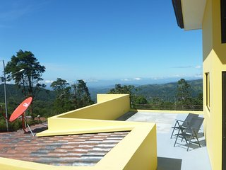 Casa Mostaza: spacious terrace with Pacific views - San Ramon vacation rentals