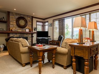Comfort at an Upscale Mont Tremblant Resort - Mont-tremblant vacation rentals