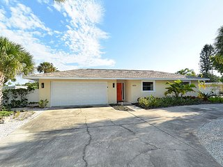 2 bedroom House with Internet Access in Longboat Key - Longboat Key vacation rentals
