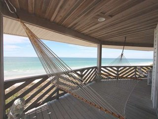 Lovely Condo with Internet Access and A/C - Indian Rocks Beach vacation rentals
