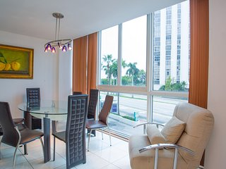 Design Suites Miami Beach Bay 5 - Miami Beach vacation rentals