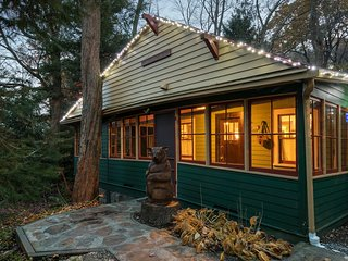 Waterfront Cottage,  Seven Springs/Hidden Valley - Somerset vacation rentals