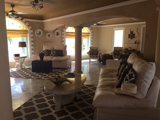 Disc. up to 25% off Beachfront Villa 3 bd. 3 ba, 2400 sq.ft. of luxury - Wow!!!. - Puerto Morelos vacation rentals