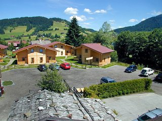 Nice House with Internet Access and Shared Outdoor Pool - Niederau vacation rentals