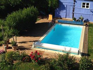 Chambre d'hôtes -  maison de charme à la campagne - Saint-Antoine-l'Abbaye vacation rentals