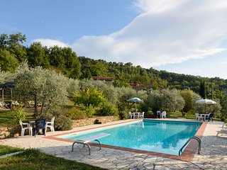 Tuscan Cottage with Pool & Gardens and Gorgeous Views -  A place to enjoy - Castiglion Fiorentino vacation rentals