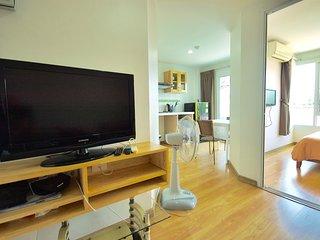 Comfortable 30sqm 1 bedroom condo - Kathu vacation rentals
