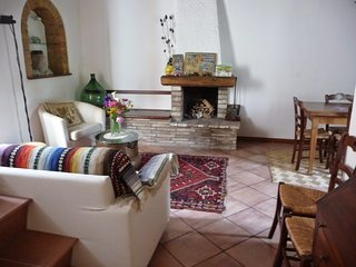 Beautiful 2 bedroom Townhouse in Panicale - Panicale vacation rentals