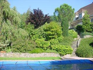 Chambre et Table d'hôtes  je ne loue pas la maison entière , Prix par chambre 85 - Saint-Jean-Roure vacation rentals