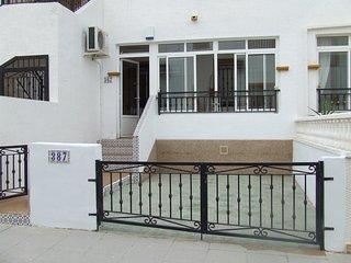 2 Bedroom 1 Bathroom South Facing Ground Floor Apartment - Jacarilla vacation rentals