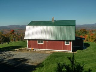 Perfect 3 bedroom East Burke House with Mountain Views - East Burke vacation rentals