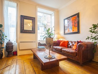 Windsor/Eton  2 Bedroom apartment Central location - Eton vacation rentals