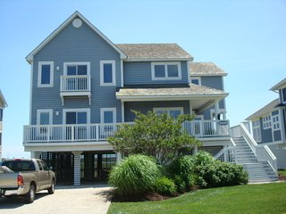 BAYFRONT LUXURY- 250 steps to beach; (BOOKING 2017 now) pool/gym/sport ct - Bethany Beach vacation rentals