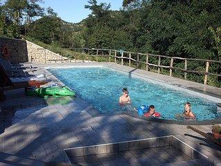 Villa Cheti, alloggio con piscina privata e WI-FI gratuito - Spigno Monferrato vacation rentals