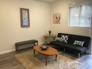 Furnished 2-Bedroom Apartment at Sylmar Ave & Friar St Los Angeles - Danvers vacation rentals