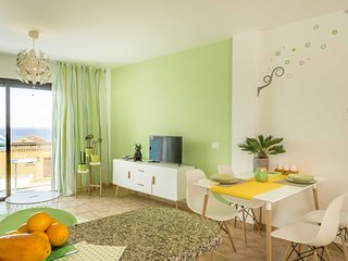 Beautiful modern apartment in Los Cristianos - Los Cristianos vacation rentals