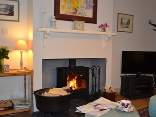 Filters Cottage, a cosy cottage, near Linlithgow - Linlithgow vacation rentals
