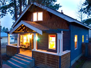 Cozy House with Internet Access and Fireplace - Bend vacation rentals