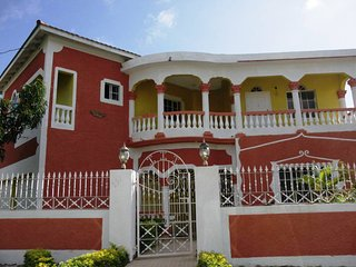 Winnie's Prospect Paradise, Comfort & Style - Morant Bay vacation rentals