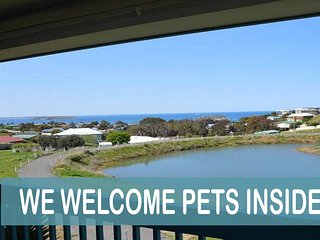 Perfect Encounter Bay vacation Apartment with Parking - Encounter Bay vacation rentals