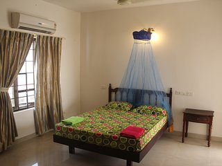 Nice Private room with Elevator Access and Balcony - Ernakulam vacation rentals
