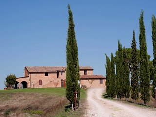 Lovely 7 bedroom Villa in Buonconvento with Internet Access - Buonconvento vacation rentals