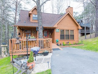 Metts Bear Den - Pigeon Forge vacation rentals