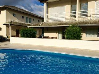 2 bedroom Condo with Internet Access in Maresias - Maresias vacation rentals
