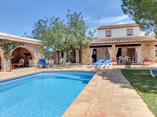 Beautiful Villa with Internet Access and Washing Machine - Canor vacation rentals