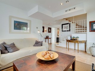 Cozy Condo with Internet Access and A/C - Xabia vacation rentals