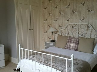 Beautiful Bed and Breakfast with Internet Access and Water Views - Piddletrenthide vacation rentals