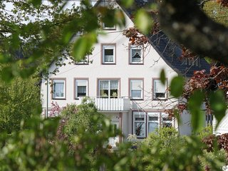 Bright 8 bedroom Apartment in Kirchhundem with Wireless Internet - Kirchhundem vacation rentals
