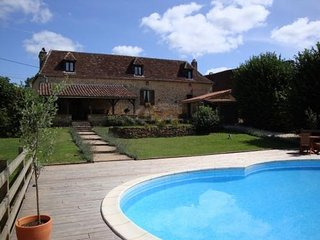 Perfect 4 bedroom House in Le Buisson-de-Cadoin - Le Buisson-de-Cadoin vacation rentals
