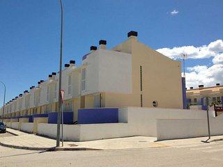Super equipped house in new residential construction. - Molinell vacation rentals