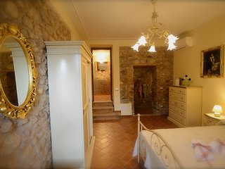 Appartamento in campagna in splendido agriturismo - Monzambano vacation rentals
