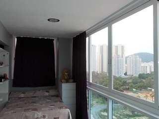 Comfortable Penthouse with Internet Access and A/C - Benidorm vacation rentals