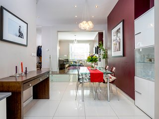 Luxury 3BR House, close to Finsbury Park - London vacation rentals